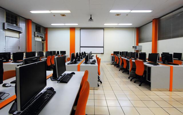 lab-komssputer